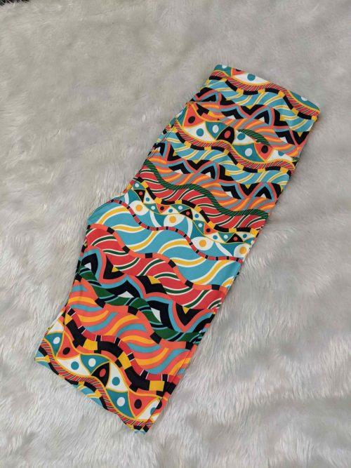 Dream Time Wave Printed Capri Yoga Band Printed Leggings