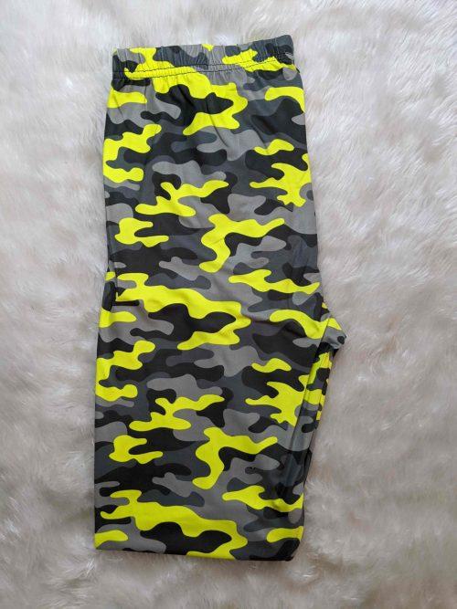 Yellow Surprise Capri Length Regular Band Printed Leggings