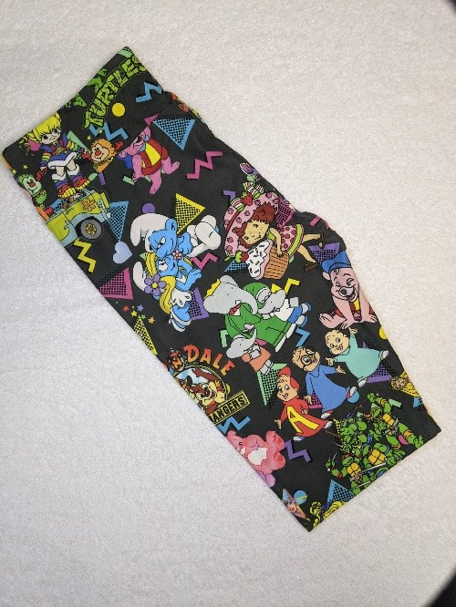 80's Cartoon Capri Length Yoga Band Printed Leggings