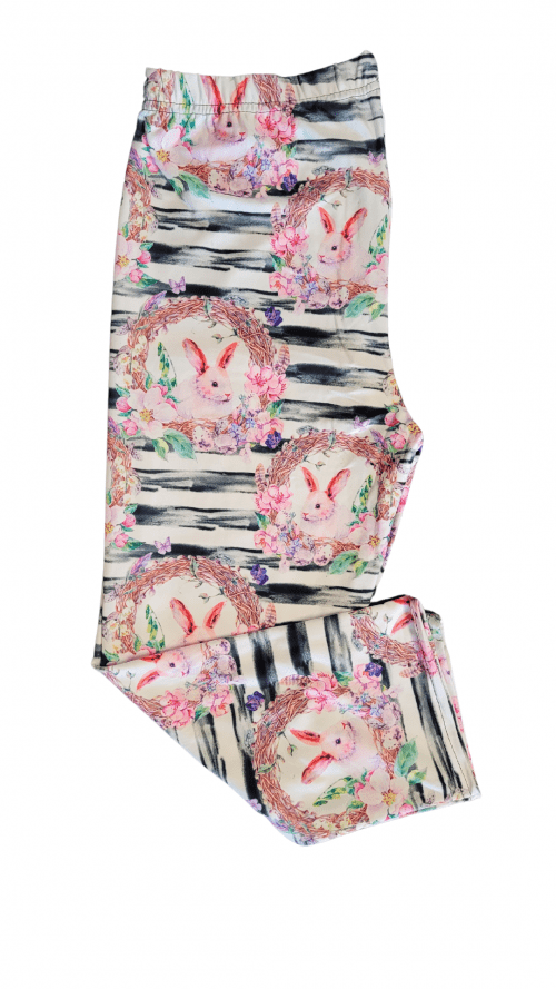 Bunny Basket Printed Capri Length Regular Band Leggings